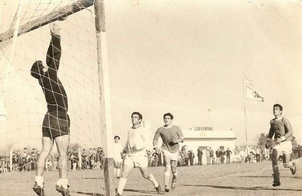 1971 - PINTENSE vs VILLA FRANCIA