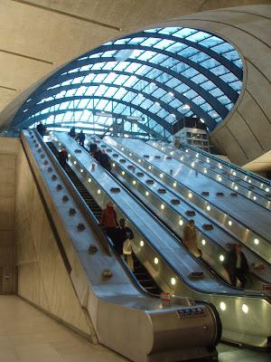 Canary-Wharf-Tube
