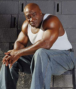 Michael Clarke Duncan Breathing Above Respirator
