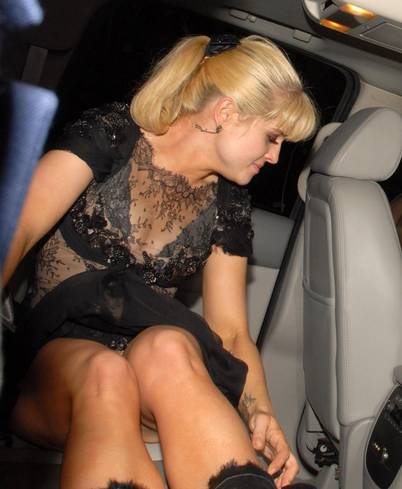Sarah connor upskirt
