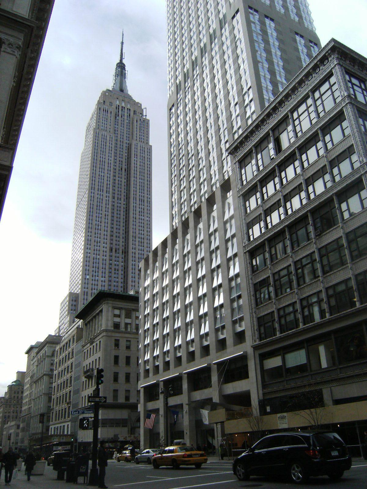 Umbria Holiday Rentals NYC New York Public