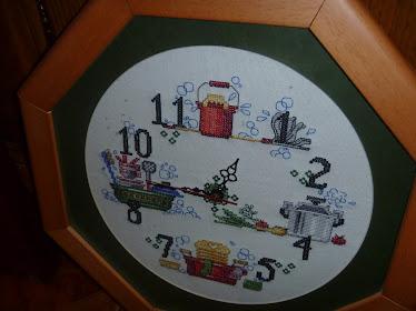 El reloj de punto de cruz de Rocío