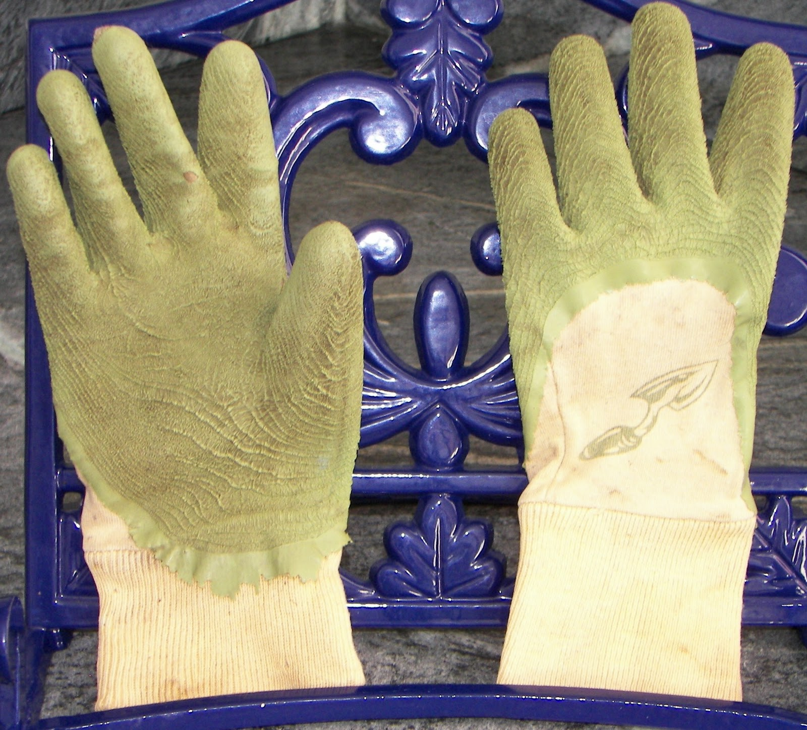 for the love of gardening hand protection