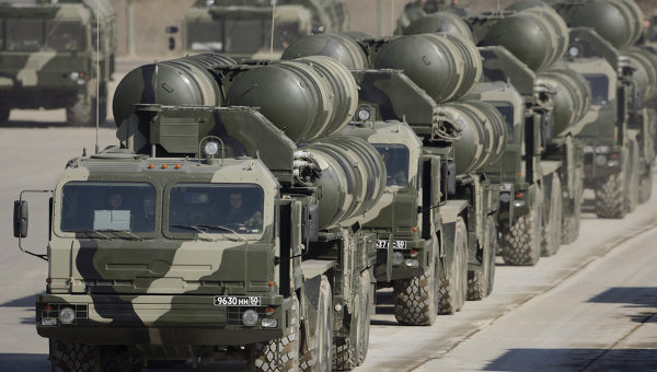 http://1.bp.blogspot.com/_htvjsmtPrmc/TBmCPckMHII/AAAAAAAAFbM/V9FNMBLB5K8/s1600/S-300+and+S-400+surface-to-air+missile+systems.jpg