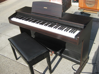 Uhuru furniture pianos for sale for Yamaha ydp 113 for sale