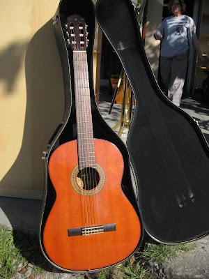UHURU FURNITURE & COLLECTIBLES: SOLD - Yamaha G-120A Acoustic Guitar