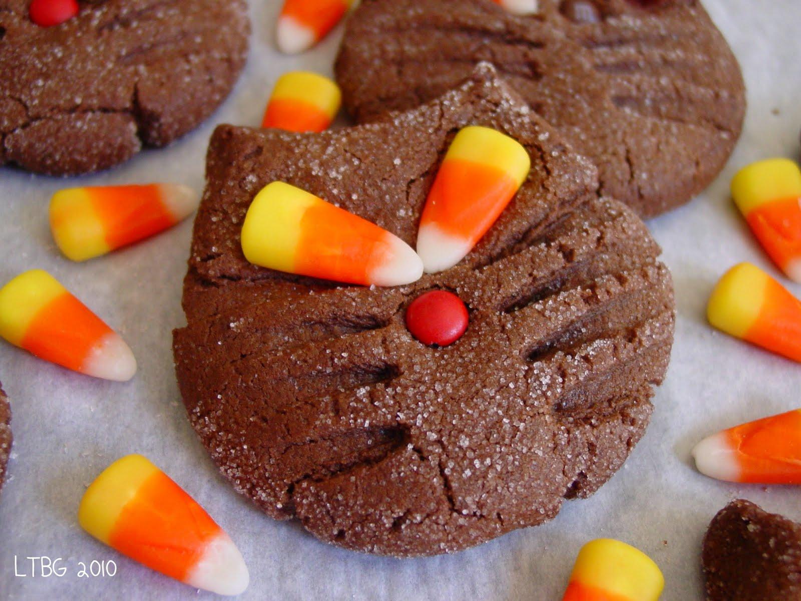 Lick The Bowl Good: Halloween Recipe: Black Cat Cookies