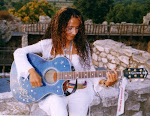 Agnese Ginocchio cantautrice e Testimonial per la Pace