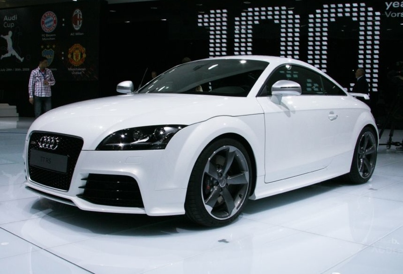 ramos vers o exclusiva do audi tt. Black Bedroom Furniture Sets. Home Design Ideas