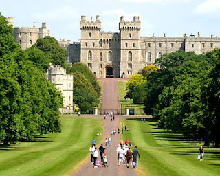 A-of Windsor Castle Humanities 8 Nat: 5 themes of geography - windsor castle