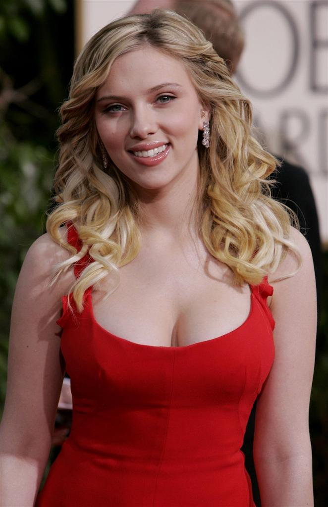 hot scarlett johansson wallpapers. hot scarlett johansson