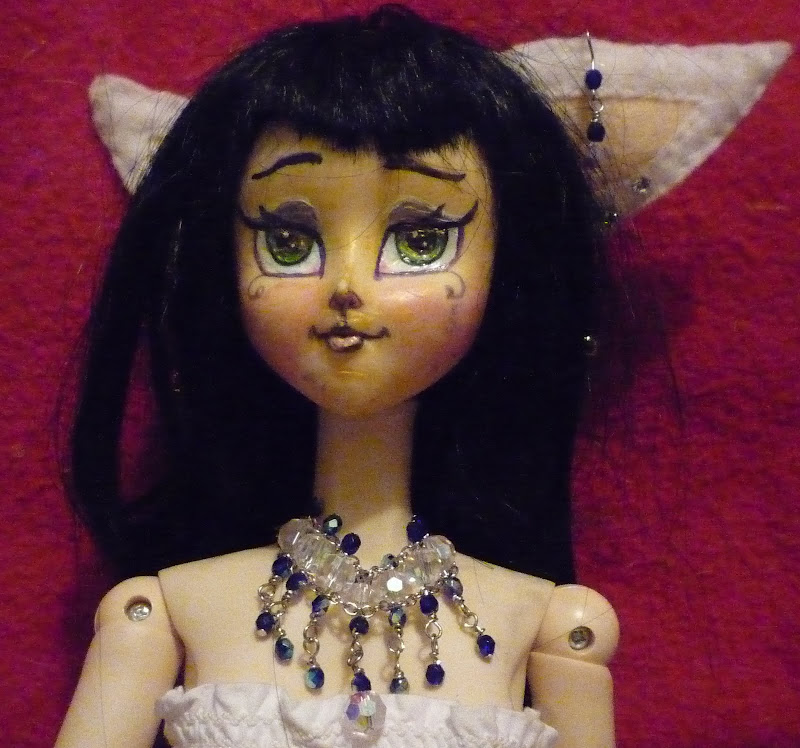 Jewlled Cat Girls & Elf Lords title=