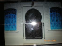 la porte de la synagogue