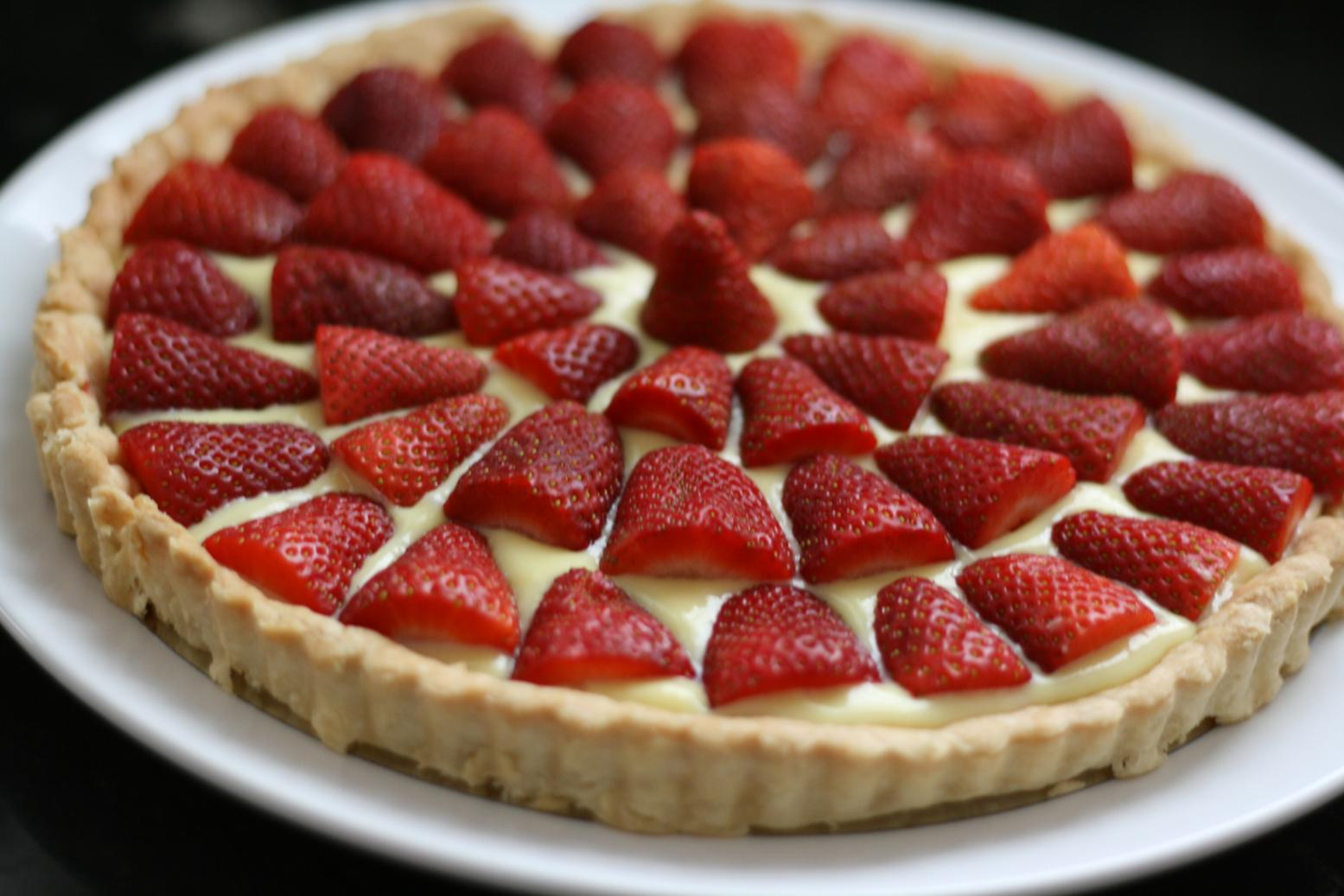 So Tasty So Yummy: Strawberry Tart