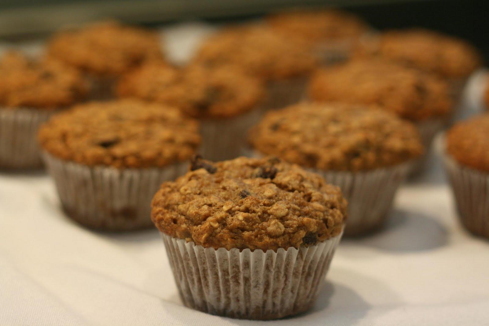 So Tasty So Yummy: Banana Applesauce Oat Muffins