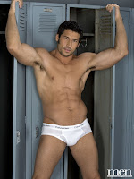 Leo Giamani gay muscle