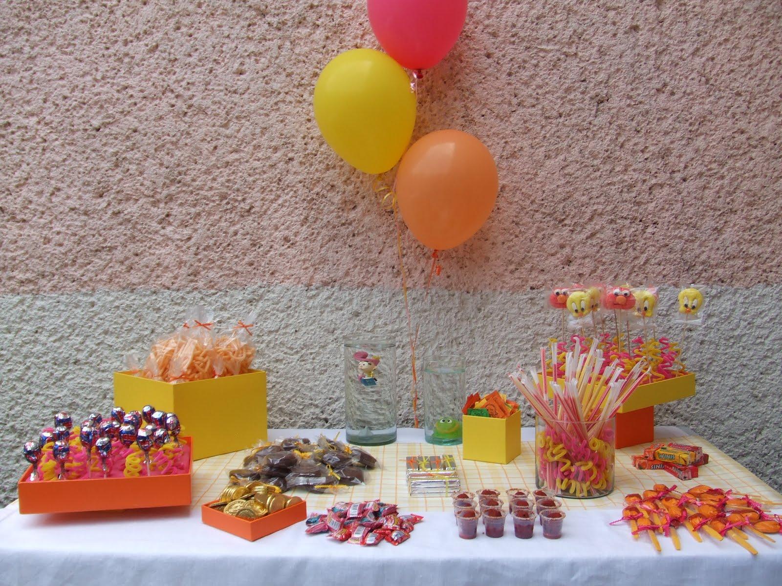 Sweet sour station mesas infantiles for Mesas de dulces infantiles