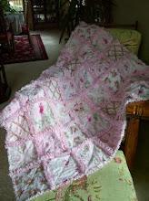 Shabby Pink Rose Rag Quilt