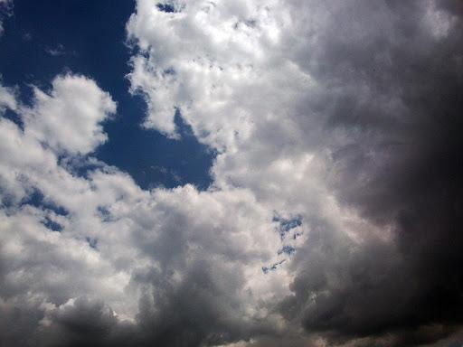 cer innorat, nori, ploaie