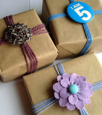 giftwrap1 Gift Wrap Idea   Brooches & Badges