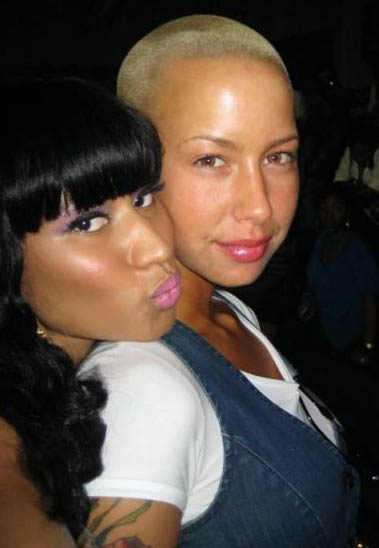 My two favorite chicks rapper Nicki Minaj and Amber Rose were spotted