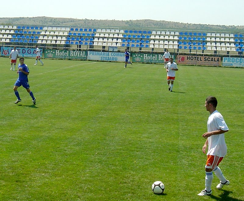 SAGEATA STEJARU Stadion-sageata-stejaru
