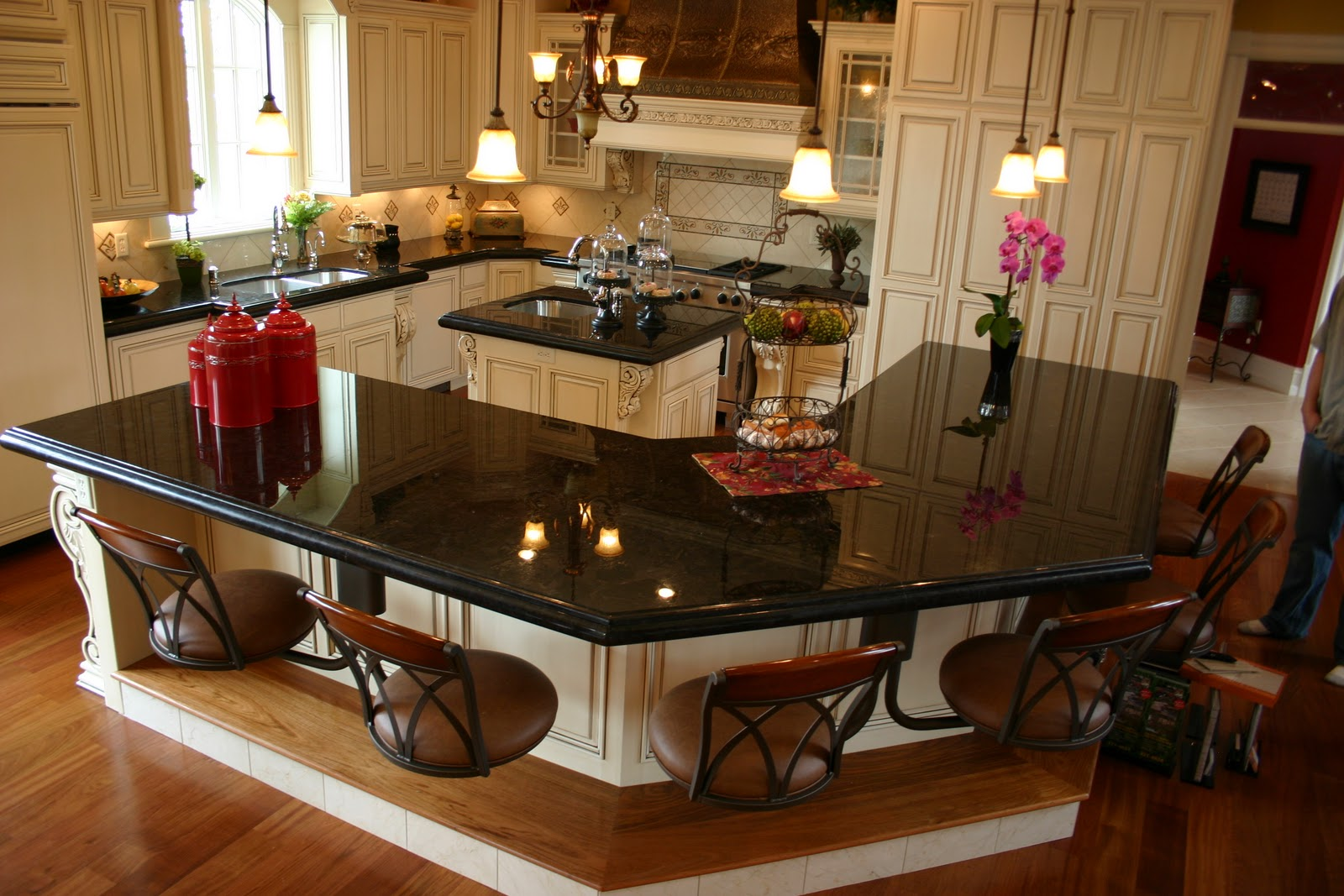 Dark Granite Kitchen Countertops Dark Kitchen Cabinets With Granite Countertops Quicuacom