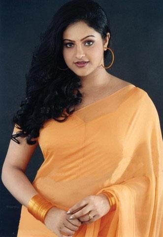 hot indian actress with big jugs raasi