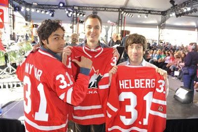 Sheldon, Raj, Howard holding Team Canada hockey jerseys in Toronto (courtesy CTV Photos)
