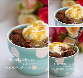 dailydelicious: BITTERSWEET CHOCOLATE BREAD PUDDING WITH KAHLÚA SAUCE