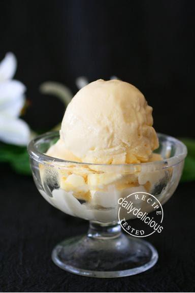 ... White Chocolate Ice Cream with White Chocolate and Nougat Chunks