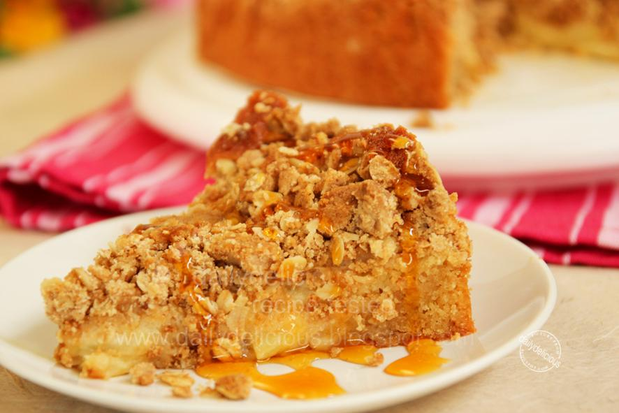 Dailydelicious Apple Crumble Sponge Turn To Me When You