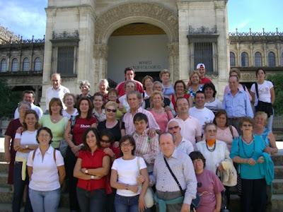 El grupo tras la visita al Museo Arqueológico