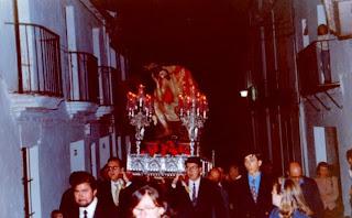 Foto de un vía crucis antiguo de Constantina extraída del blog de los Jóvenes Cofrades de la Amargura