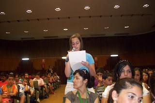 La portavoz de Constantina, Rosario Mª Blanco Hernández, en su exposición pública