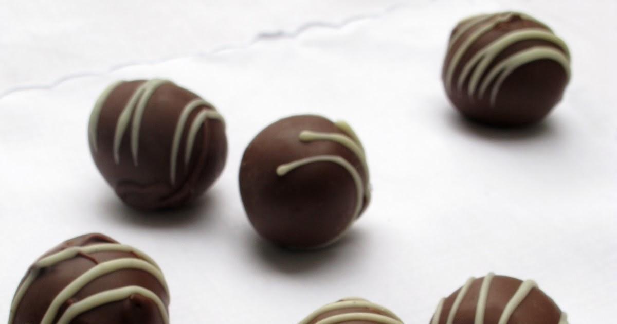 Boozy Dark Chocolate Rum Balls
