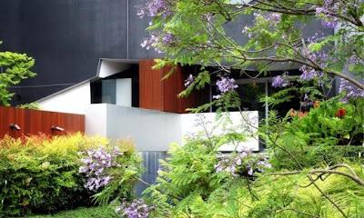 Modern Architecture Garden Design