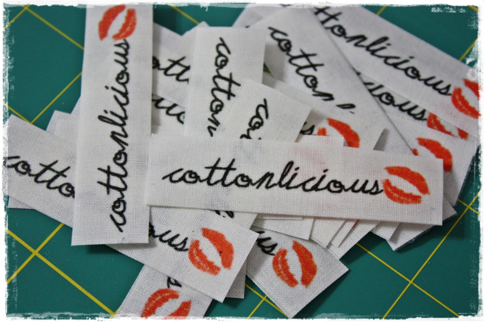 Cottonlicious tutorial make your own fabric labels for Create fabric labels