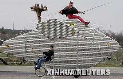 7 Worlds Weirdest and Largest Bikes