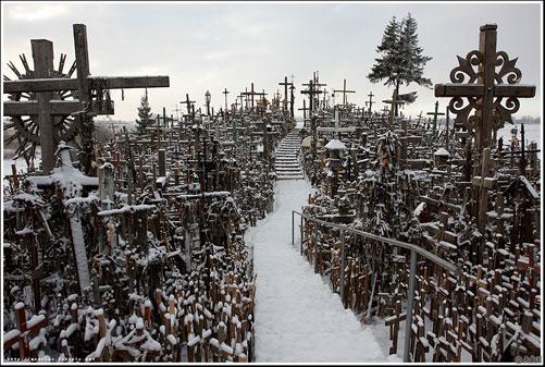 Гора хрестів святиня в литві місце