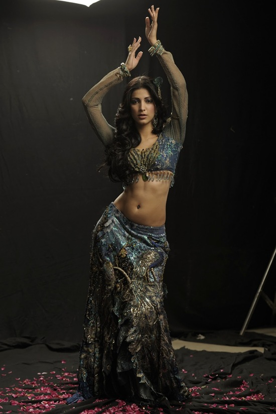 sexy video co Shruti Haasan hots