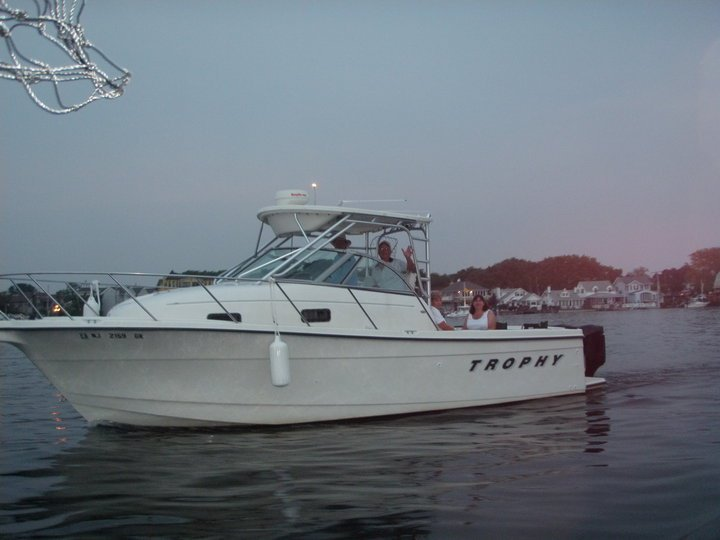 Read the message, name the boat: I purchased this 28' Bayliner Trophy this ...