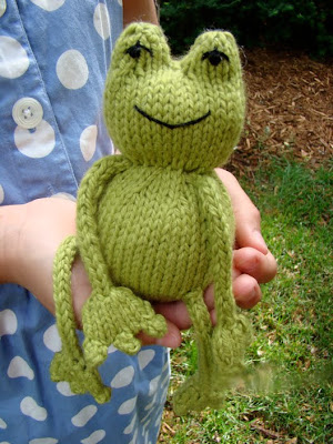 Anything Knitted and Crocheted: Some Frog Patterns.(Image Heavy