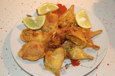 Cocinar sin miedo alcachofas rebozadas al aroma de tomillo for Cocinar alcachofas de bote