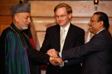 Világbank elnöke, Robert Zoellick, katt a képre (zimbio.com)