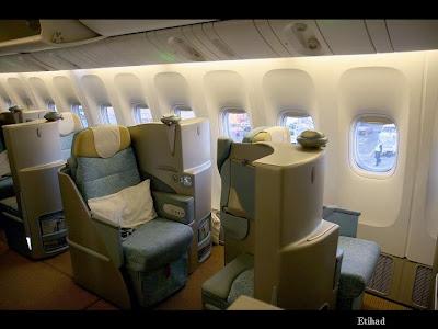 Air Etihad : www.ritemail.blogspot.com