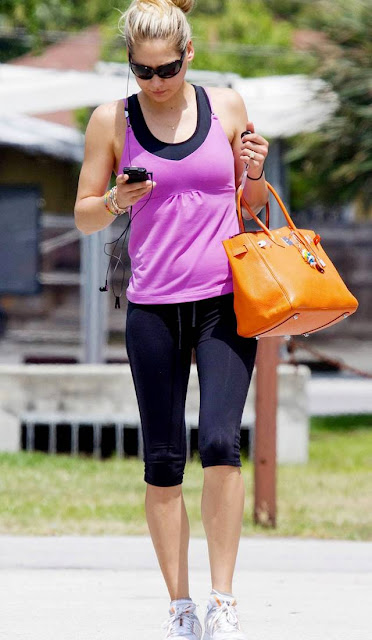 Anna Kournikova leaving a gym in Miami