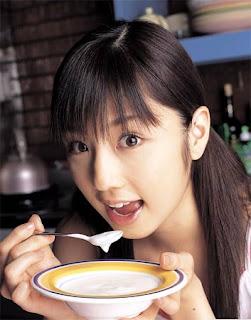http://1.bp.blogspot.com/_iTGXYFIkfkA/STSvDn54UuI/AAAAAAAAPFg/ajU_z2CibxE/s320/Eating_Habit.jpg