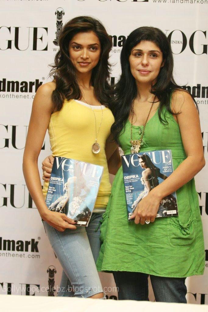 Deepika Padukone 20090814 007 - Deepika Padukone unveils latest issue of Vogue
