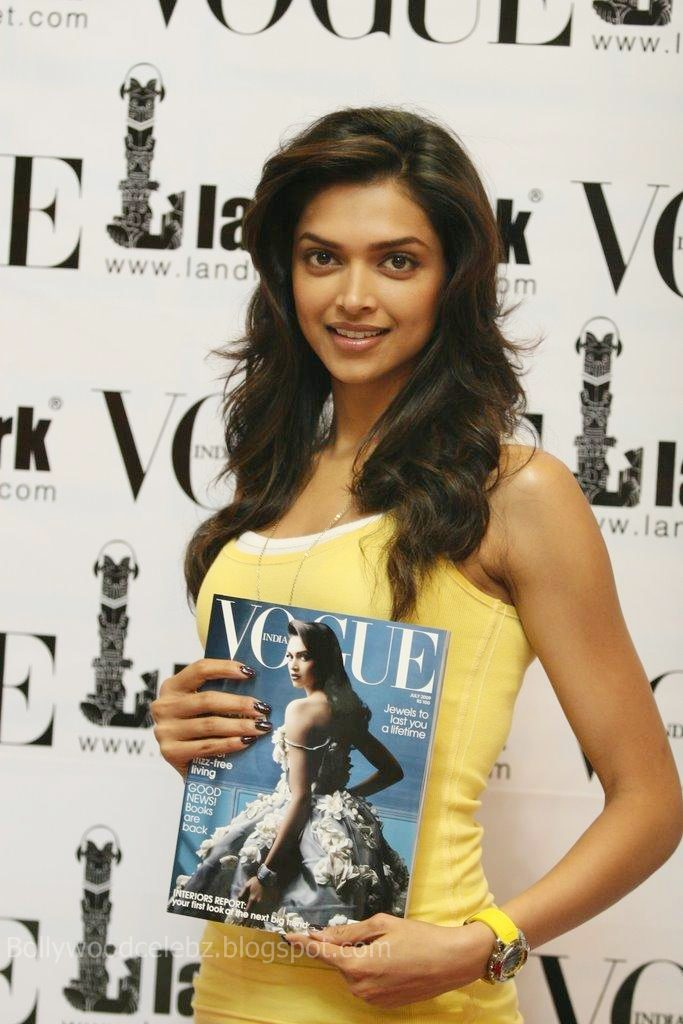 Deepika Padukone 20090814 008 - Deepika Padukone unveils latest issue of Vogue